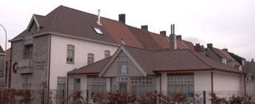 L. Vandenbussche & Zoon bvba - Beernem - Gegolfde pannen